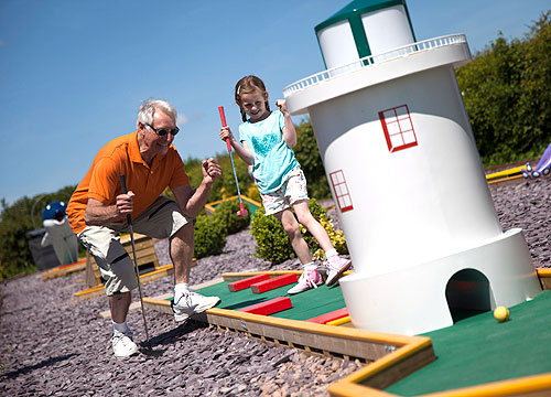 waldegraves-crazy-golf