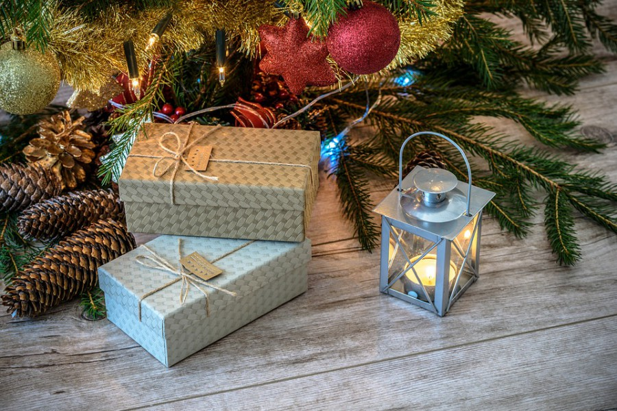 Christmas gifts cheap uk holidays