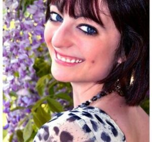 Female Vocalist – Laura Hog